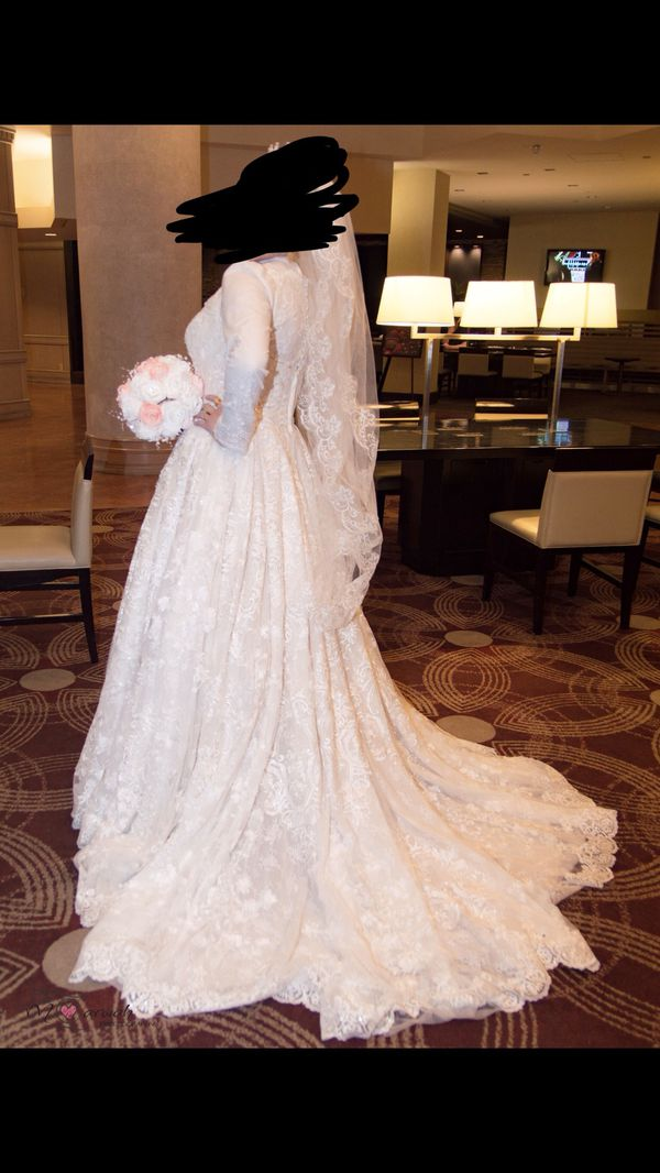 2018 Davids bridal wedding dress size 14 (Jewelry & Accessories) in ...