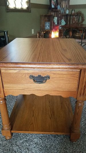 Oak End Table For In Delphos Oh