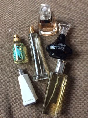 6 bottles woman's perfume for Sale in Denver, CO