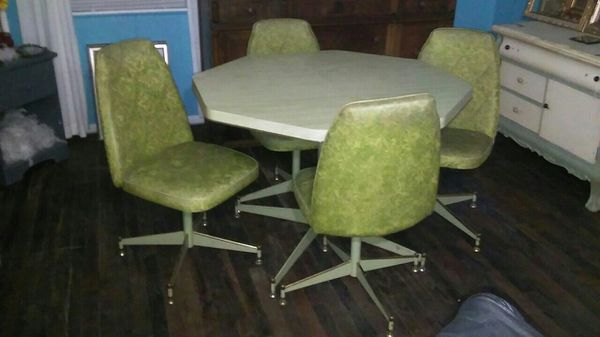 Astonishing Vintage Brody Co Avacado Green Kitchen Dining Room Table Gmtry Best Dining Table And Chair Ideas Images Gmtryco