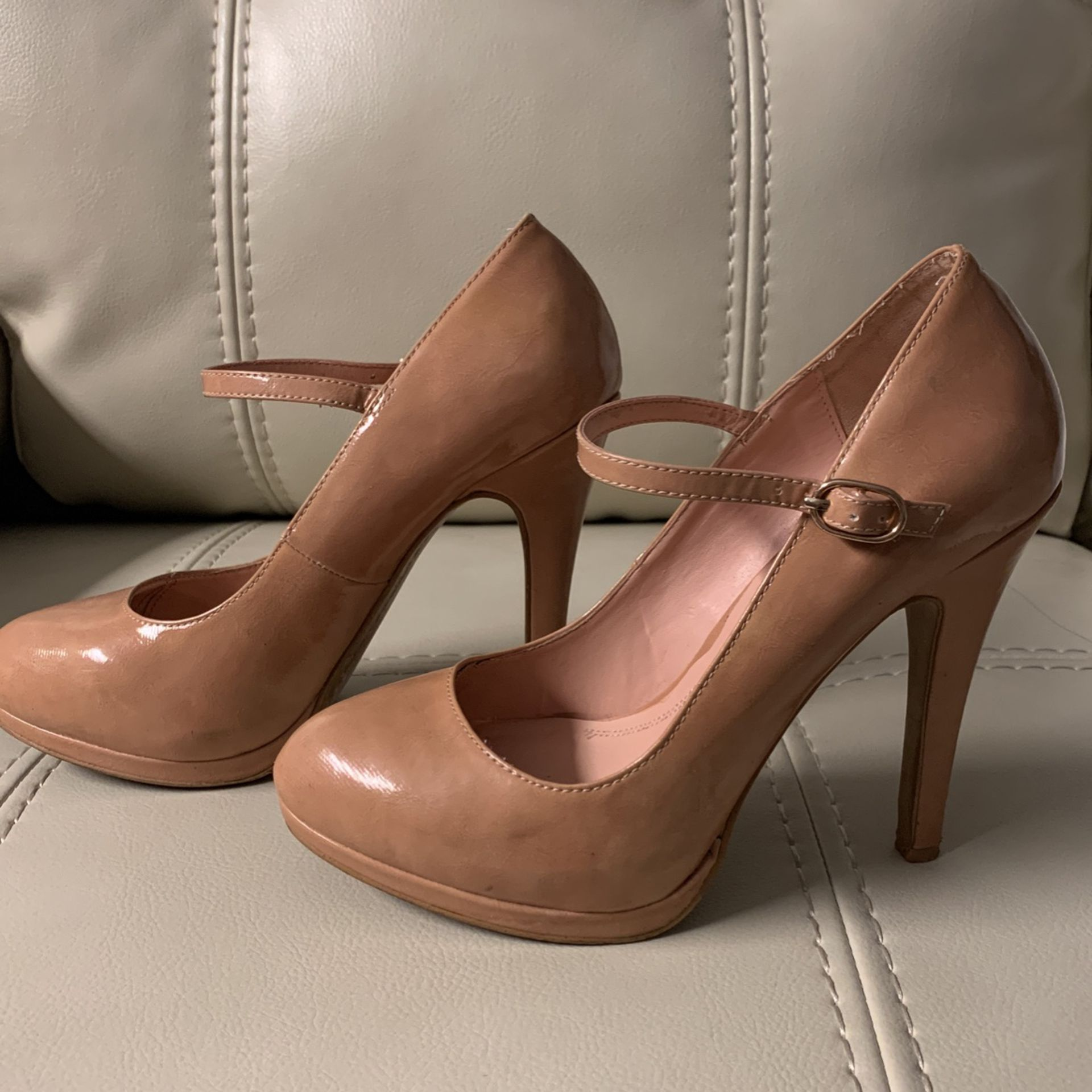 Shoes / Zapatos/ High Hills