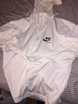 XL White Nike Jacket for Sale in Germantown, MD