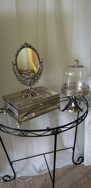 Jewelry Box Vanity Set for Sale in Silver Spring, MD