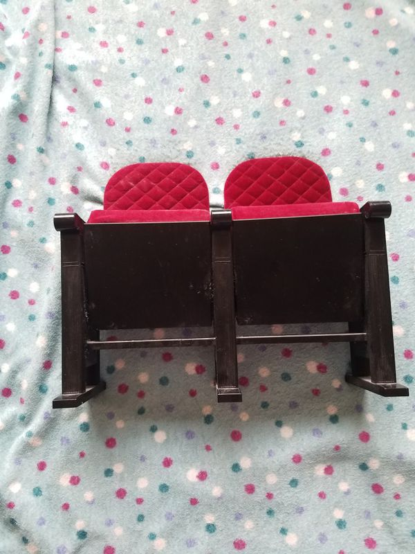 Superb American Girl Doll Movie Theater Seats For Sale In Kennewick Wa Offerup Download Free Architecture Designs Photstoregrimeyleaguecom