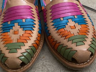 Women Huaraches Multicolor Size 7 Thumbnail