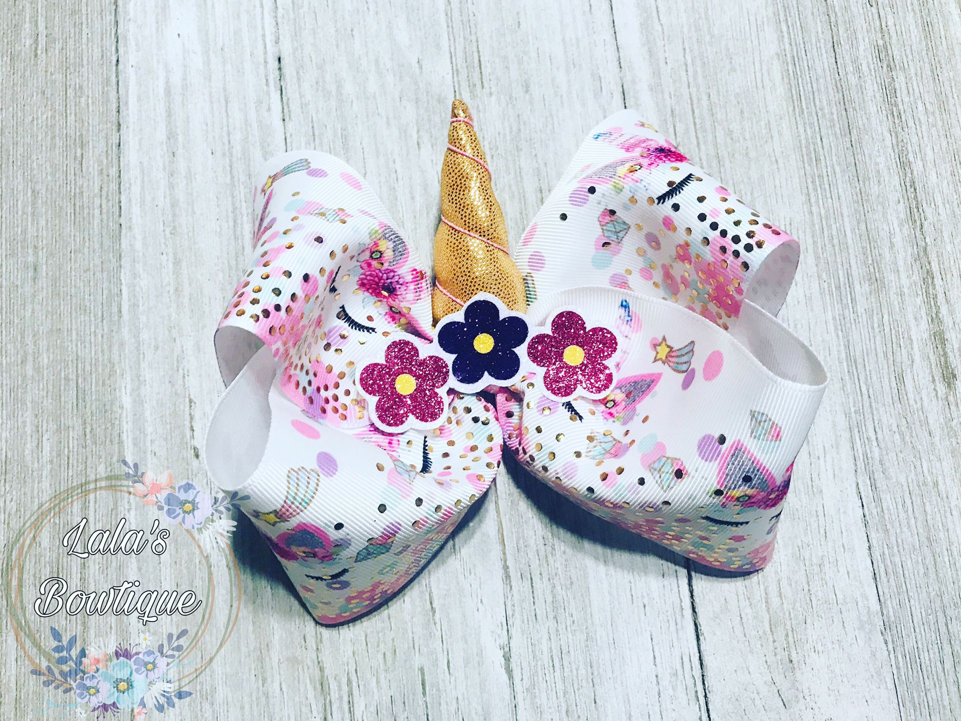 Unicorn boutique bow