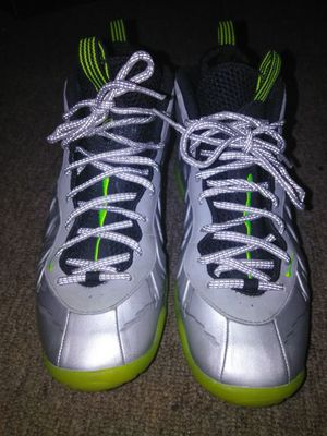ec7f793a3a914 Silver Nike Foam Posites size 7Y for Sale in Hayward