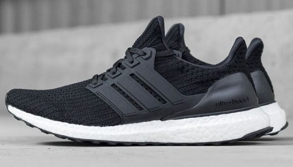 quality design 228a9 ae273 Adidas UltraBoost 4.0 for Sale in Portland, OR - OfferUp