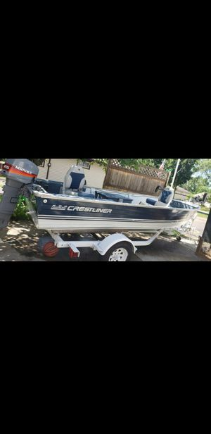 Photo Crestliner boat