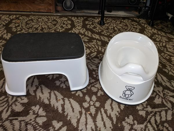 c1f984992f3 Baby Bjorn White Training Potty and Step Stool for Sale in San ...