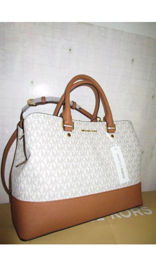 429b3fe5099b4 Michael Kors Authentic Savannah LG Vanilla Acorn leather Satchel Handbag
