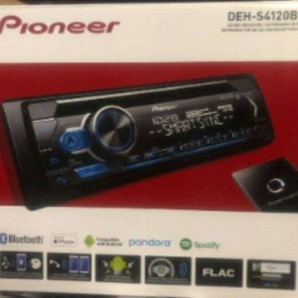 Pioneer Car Head unit With Anything U Could Ever Want On A Head Unit
