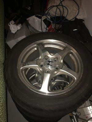 Photo OEM Honda S2000 AP1 wheels and tires.