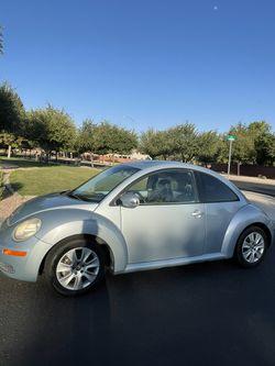 2009 Volkswagen Beetle Thumbnail