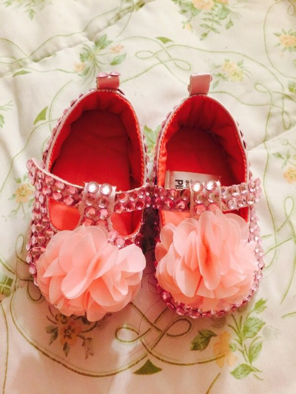 New baby pink shooes