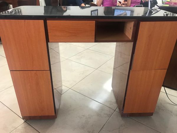 Manicure Table For Sale >> Manicure Table Station Spa For Sale In Miami Fl Offerup