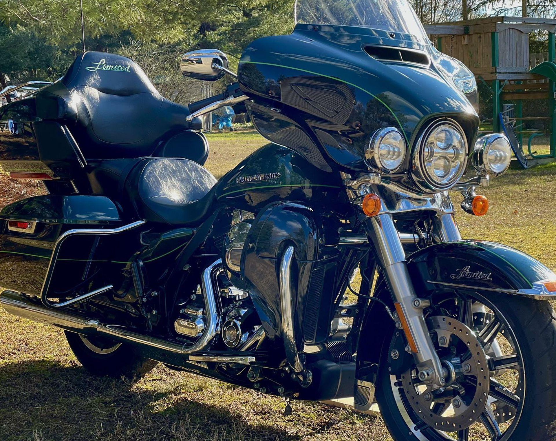 Photo 2015 HarleyDavidson ELECTRA GLIDE ULTRA LIMITED LOW
