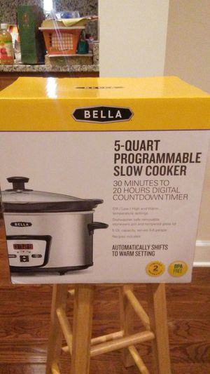 NEW 5-quart Programmable Slow Cooker for Sale in Rockville, MD