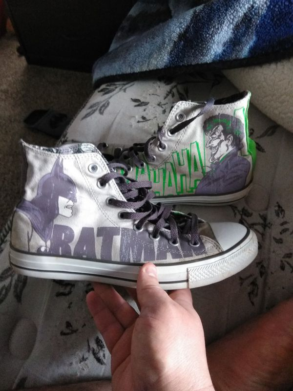 44cf1c62f44351 Dc comic Batman and joker converse sneakers size 9 like new  45 or best  offer