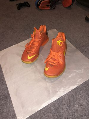 Nike- Kevin Durants flywire shoes (sz.11) for Sale in Laurel, MD