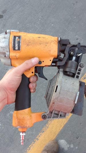 Bostitch pneumatic roofing nail gun for Sale in Gladstone, MO
