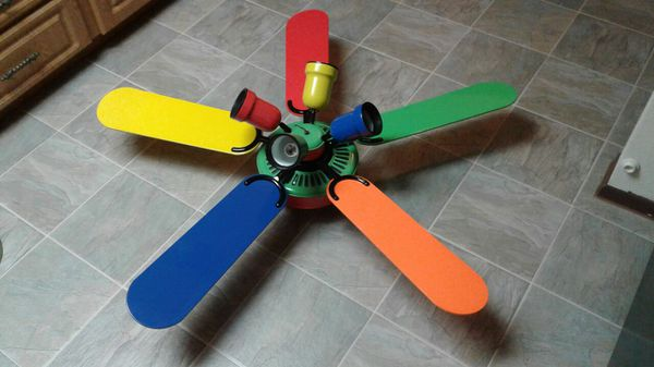 Hampton Bay 5 Blade 52 Quot Inch Ceiling Fan Primary Colors