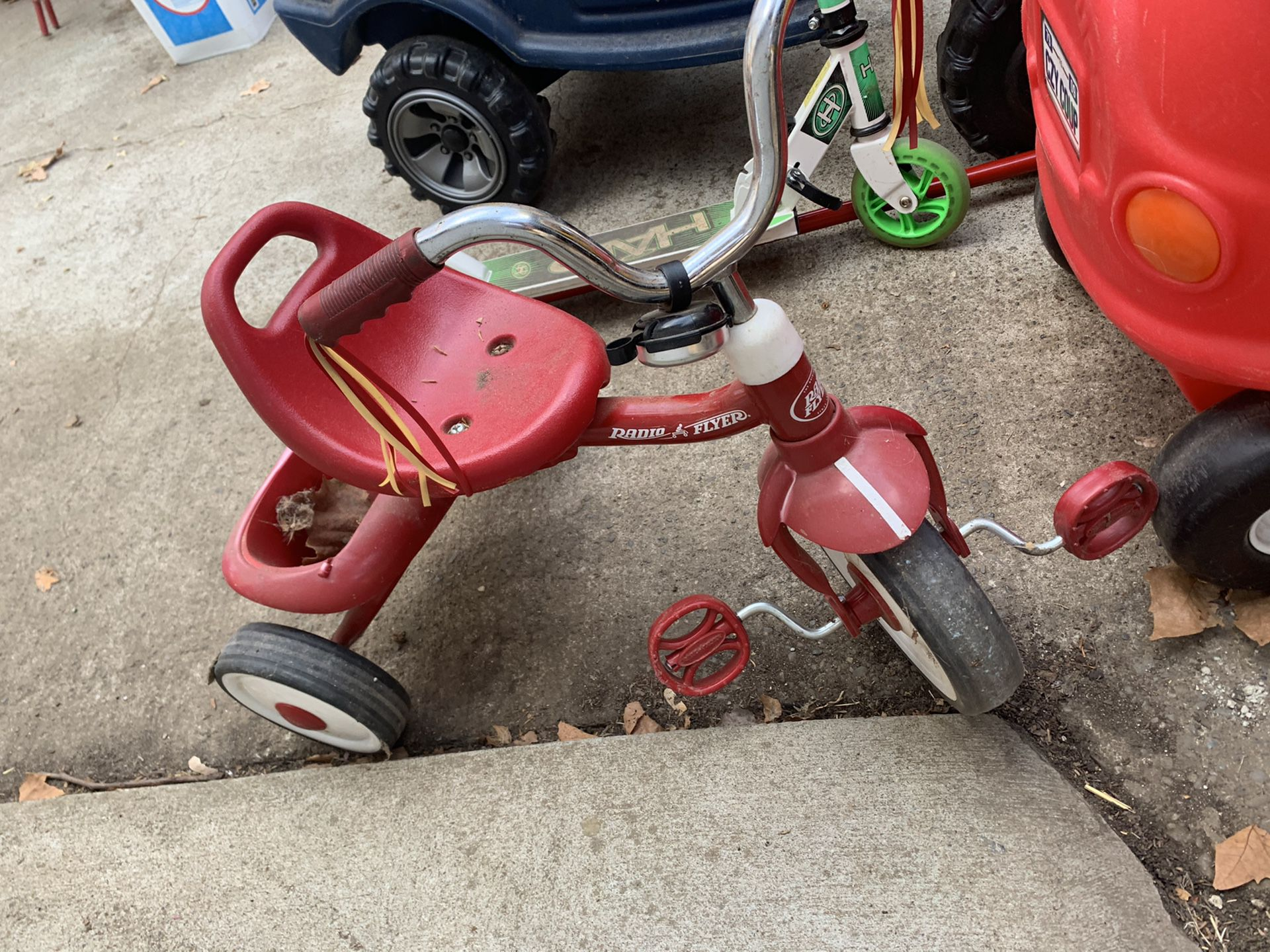 Radio flyer first tricycle