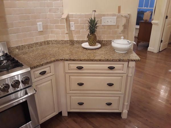 Solid Wood Kitchen Cabinets For Sale In Virginia Beach Va Offerup