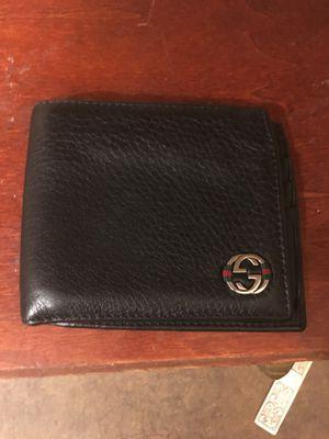 50e2e35f39e New and Used Gucci wallet for Sale in Redmond