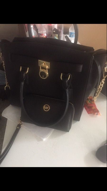 75fd1df23368e7 Mk purse and wallet set for Sale in Houston, TX - OfferUp