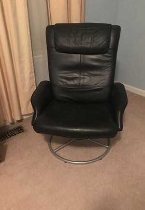 Black Leather Office Chair for Sale in Ashburn, VA