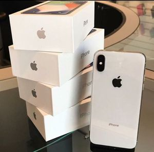 Iphone X 64 GB FACTORY UNLOCKED for Sale in Springfield, VA