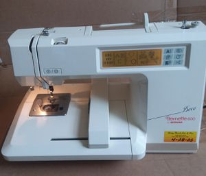BERMINA Benette Deco 600 Computizer Sewing Machine for Sale in Silver Spring, MD