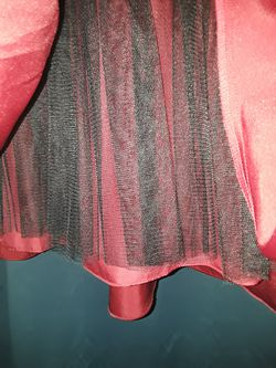 Maroon / red Prom Dress size 4 Thumbnail