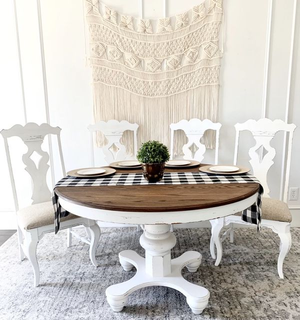 48in round farmhouse kitchen table and 4 chairs for Sale ...
