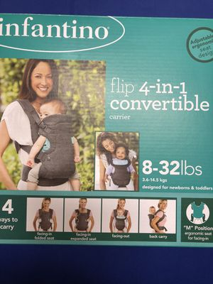 Photo INFANTINO convertible baby carrier.