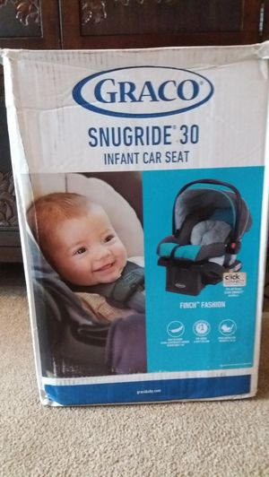 Graco Snugride 30 for Sale in Frederick, MD