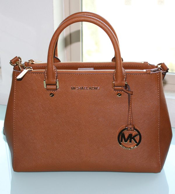 Michael Kors Sutton Medium Saffiano Leather Satchel for Sale in Irvine 123029c9419e9