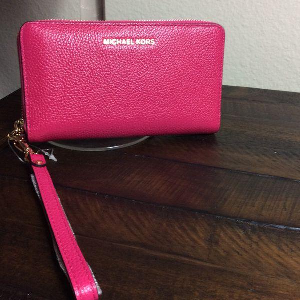 90299744c378 MK wallet for Sale in Garden Grove, CA - OfferUp