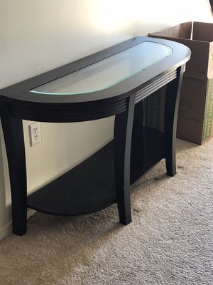 Foyer/Console Table Deep Brown $100 for Sale in Capitol Heights, MD