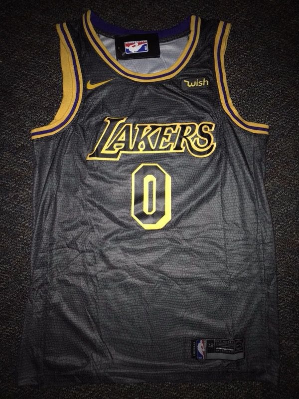 "NWT Swingman ""Black Mamba"" Jersey KYLE KUZMA  0 Los Angeles Lakers Rep. for  Sale in Los Angeles 1fa86d28b"
