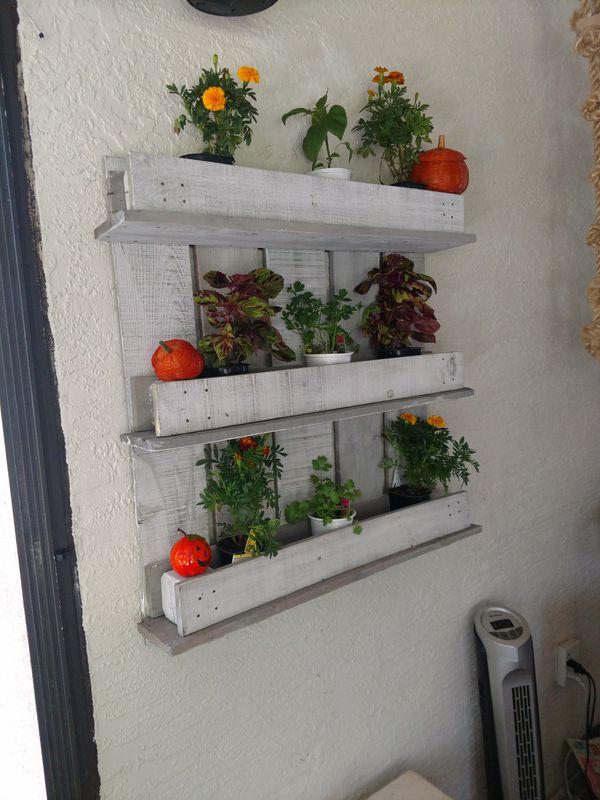 Wall Hanging Herb Garden Planter Shelf