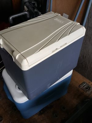 Coleman electric cooler for Sale in Orlando, FL