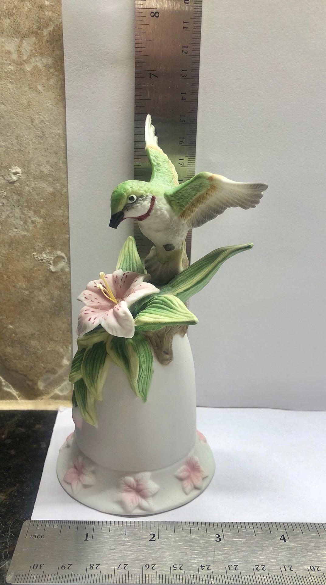 Seymour Mann Connoisseur Hummingbird bell