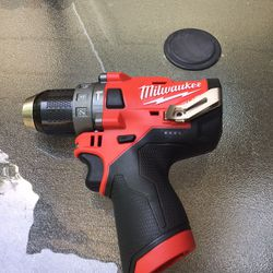 Milwaukee 2504-20 M12 FUEL 12-V Brushless Cordless 1/2 in. Hammer Drill and Driver (Tool-Only) Thumbnail