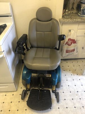 Handicap wheel chair for Sale in Sunnyvale, CA - OfferUp