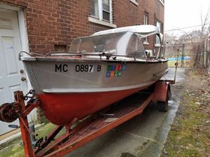 Aluminum boat with trailer and motor. for Sale in Detroit, MI