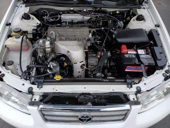 2001 Toyota Camry Thumbnail