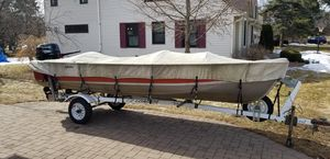 Photo 1984 16 foot Lund Boat and trailer/cover with 2001 Suzuki 25 hp Four Stroke