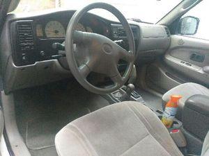 Toyota Tacoma. 2001 for Sale in Washington, DC